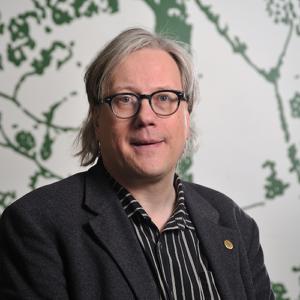 Tapani Veistola on Suomen luonnonsuojeluliiton erityisasiantuntija.