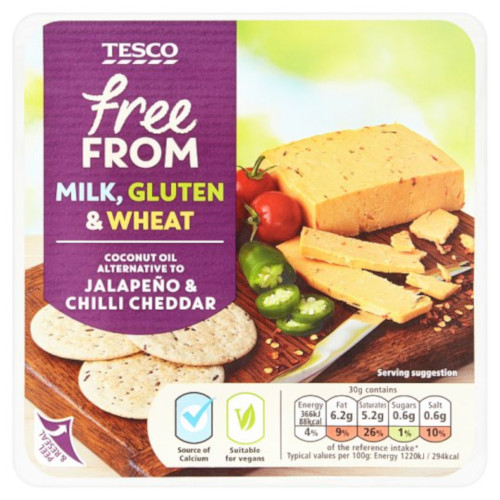 Tesco Free from Jalapeno & Chilli Cheddar -juusto.
